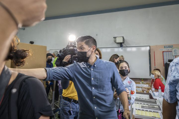 Citizens Victory Movement candidate for San Juan mayor, Manuel Natal, had a lead of more than 400 votes with 95% of districts