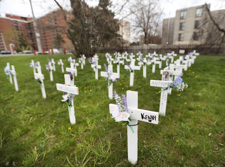 Crosses on the side lawn of the Camilla Care Community nursing home in Mississauga, Ont. on May 10, 2020.&nbsp;<br />