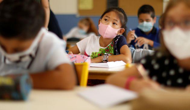 Lundi 2 novembre, pour la première fois depuis le début de la crise du coronavirus, les...