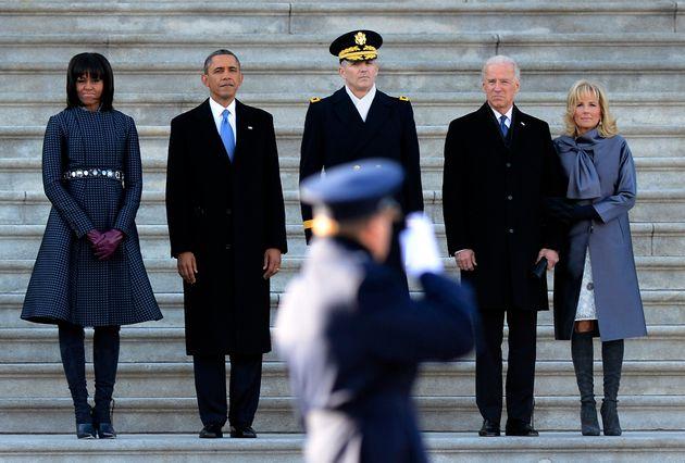2013年の就任式に臨むバラク・オバマ大統領とミシェル・オバマ氏、ジョー・バイデン副大統領とジル・バイデン氏