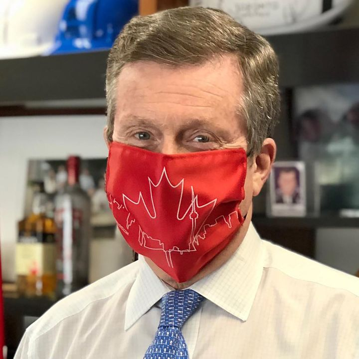 Toronto's Mayor John Tory wearing one of Nadia's face masks.