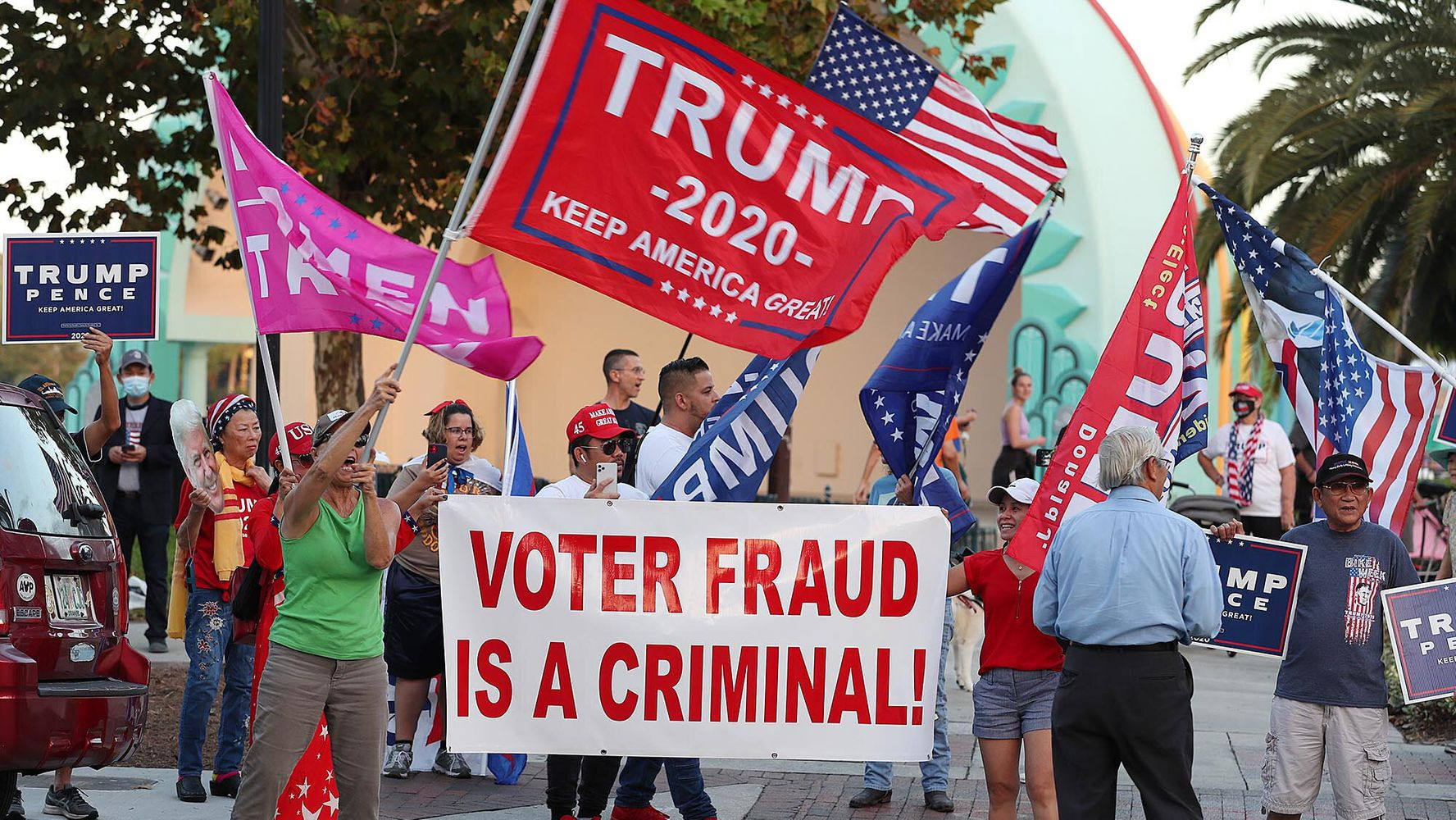Former GOP-Appointed Federal Prosecutors Blast Trump's 'Reckless' Vote Fraud Comments