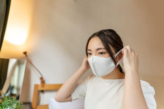 立体タイプの布マスクなら、小顔効果も期待できる?