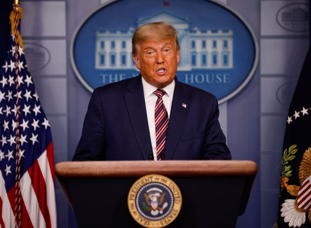 Donald Trump durante su comparecencia de