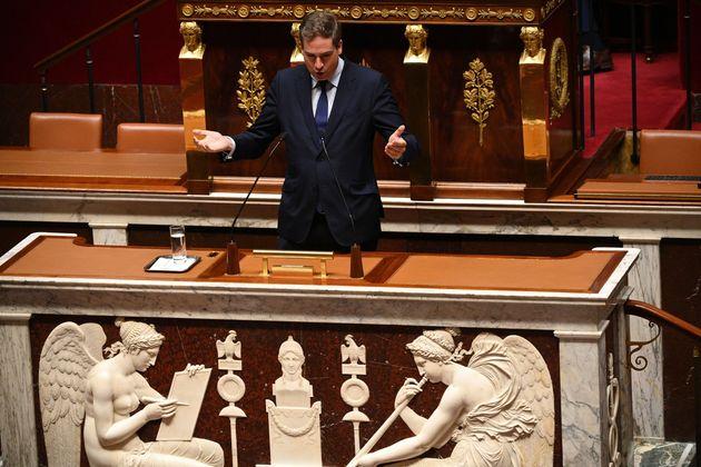 Le député Olivier Becht (Agir) propose de pénaliser très durement le non-respect...