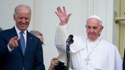 Biden, cattolico adulto, libererà il Papa dalla morsa di Viganò e dei