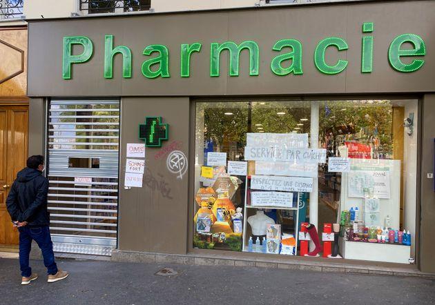 Les pharmacies ont été prises d'assaut par les Français qui veulent se faire vacciner...