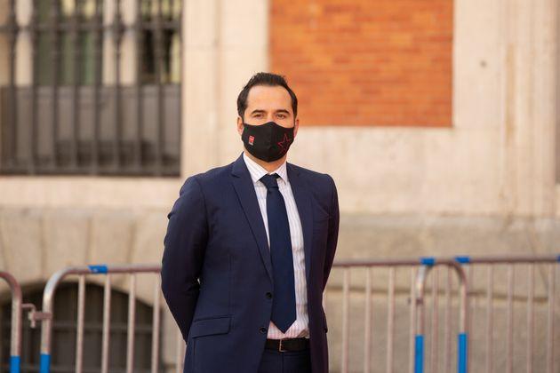 Ignacio Aguado en la Puerta del