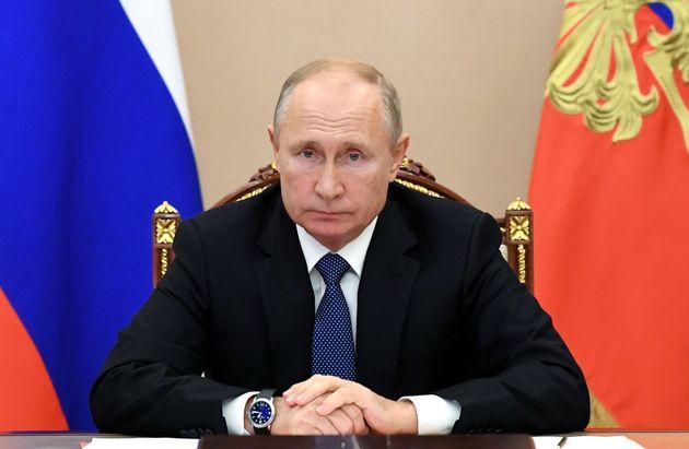 Poutine annonce un