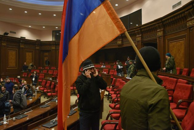 Tra armeni e azeri