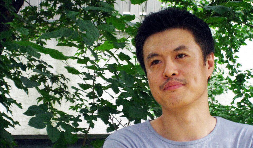 2005년 9월4일 영화감독 이송희일의 모습. 그는 홍석천보다 1년 빨리 커밍아웃했다. 한국게이인권단체 '친구사이' 대표를 역임했고, 영화 <슈가 힐>,...