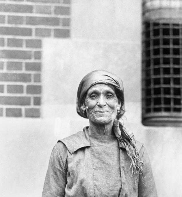 (Original Caption) Immigrants at Ellis Island: Elderly Italian woman. Undated photograph. BPA2