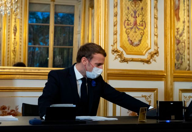 Emmanuel Macron lors de son premier échange après le président-élu américain...