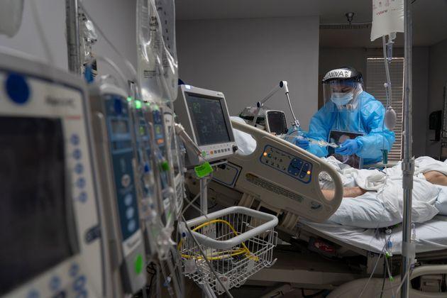 Plus de 200.000 nouveaux cas Covid en 24h aux États-Unis, record absolu Unité de soins...