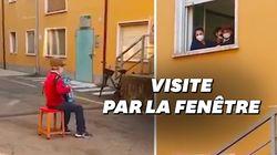 Privé de visite à sa femme hospitalisée, ce papi italien joue de l'accordéon à sa