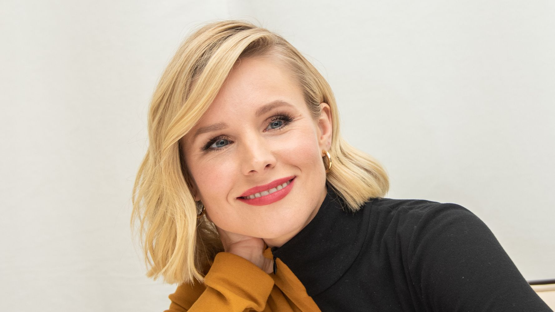 Kristen Bell Reveals The Reason Why She Hides Her Kids' Faces On Social Media