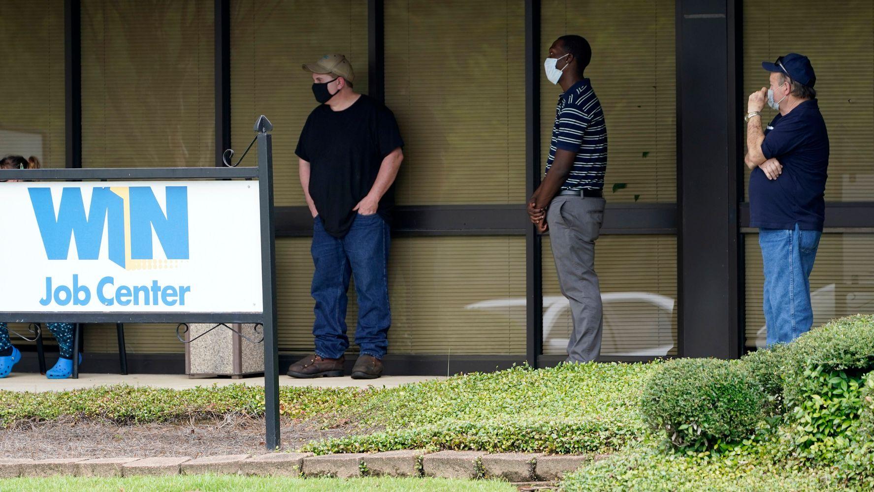 709,000 Seek U.S. Jobless Aid As Pandemic Escalates