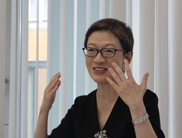 薄井シンシアさん