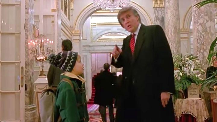 "Macaulay Culkin and Donald Trump in ""Home Alone 2"""