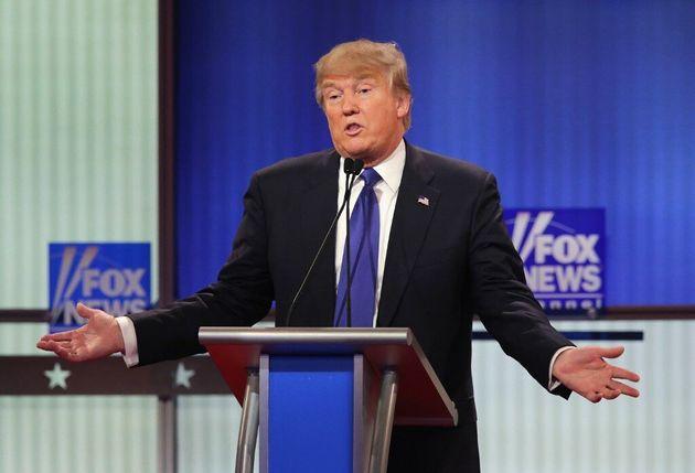 Donald Trump lors d'un débat organisé par Fox News en mars 2016 à Détroit (photo