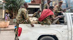 Αιματηρή επίθεση με δεκάδες νεκρούς σε λεωφορείο στην