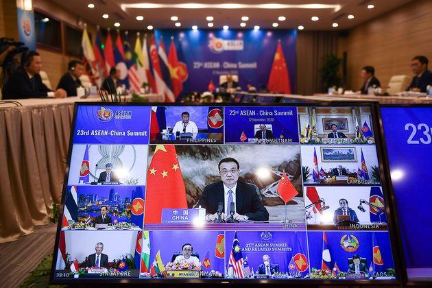 RCEP: 15 χώρες της Ασίας σχηματίζουν τη μεγαλύτερη ένωση ελεύθερου εμπορίου στον