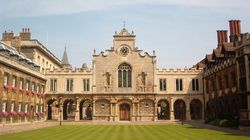 Studiare a Cambridge, università con il record di laureati premi