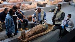 In Egitto scoperti oltre 100 sarcofagi di 2.500 anni