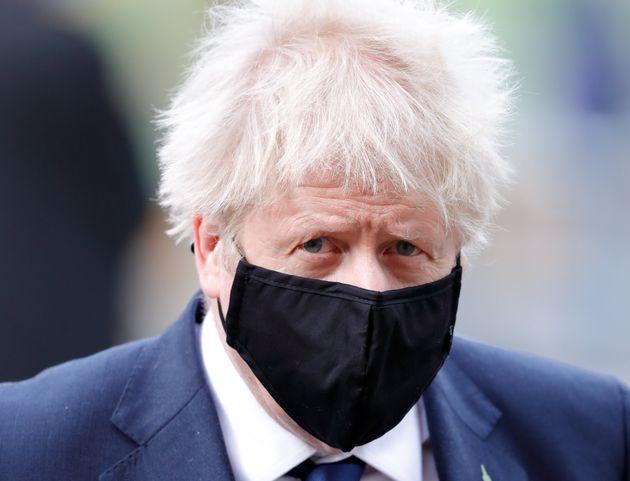 Boris Johnson, cas contact Covid-19, de nouveau à l'isolement (photo du 11 novembre