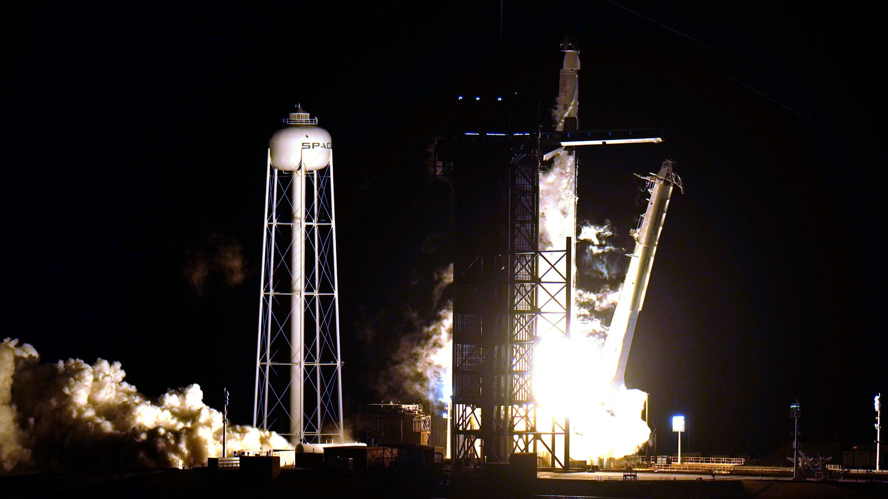 SpaceX Launches 4 Astronauts To The International Space Station