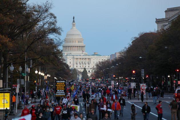 도널드 트럼프 미국 대통령의 지지자들이 대선 결과에 불복하는 'MAGA(미국을 다시 위대하게)' 집회를 열었다. 워싱턴DC. 2020년