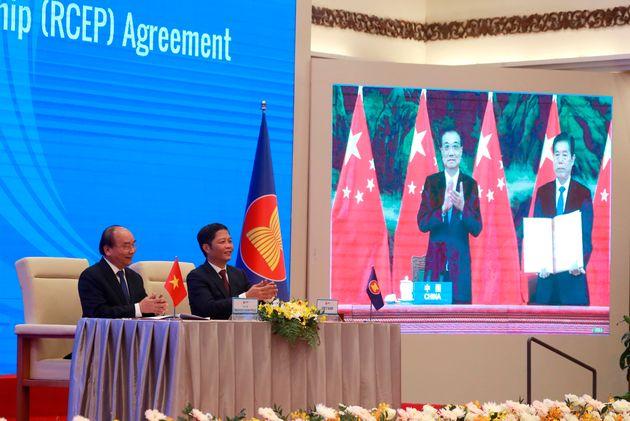 RCEP: Τι να περιμένουμε μετά τη συμφωνία για τη μεγαλύτερη ένωση ελεύθερου εμπορίου στον