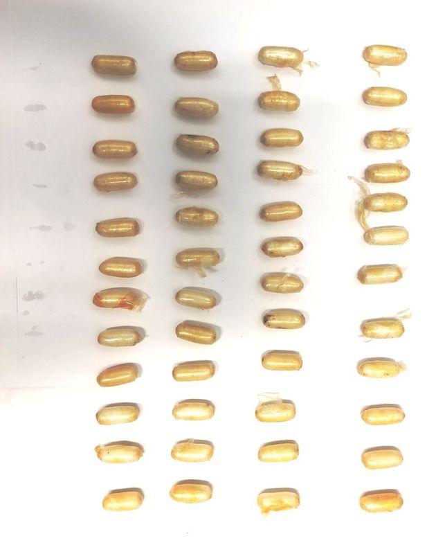 Λιθουανή κατάπιε 48 συσκευασίες με κοκαΐνη στο Ελ.