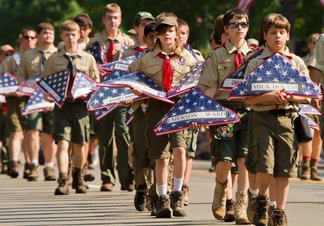 Près de 90.000 plaintes pour abus sexuels déposées contre les Boy Scouts américains...