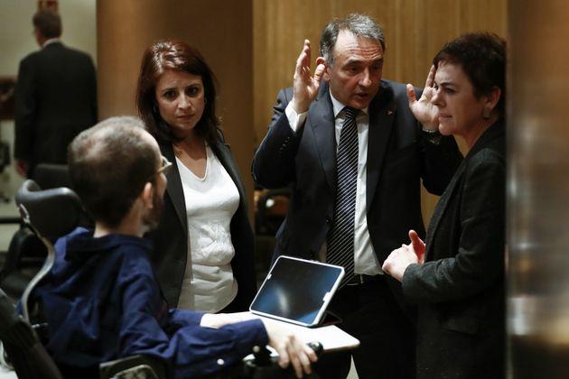 Adriana Lastra (PSOE), Pablo Echenique (Podemos), Enrique Santiago (PCE), y Mertxe Aizpurua (Bildu) el...