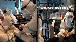Ces footballeurs chinois ressemblent aux Ghostbusters à l'aéroport de