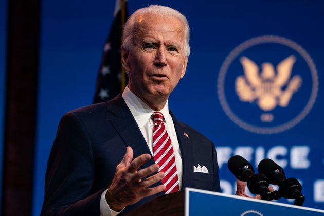 Le président élu Joe Biden a aussi commencé à réfléchir à...