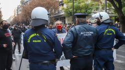 Σεπόλια: Με ισχαιμικό επεισόδιο πατέρας διαδηλωτή- «Δεν άντεξε και έπεσε κάτω στο