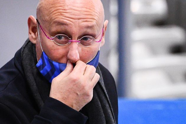 Bernard Laporte, ici photographié le 31 octobre en marge du match France-Irlande, est visé...