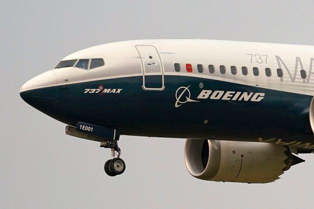 Στον αέρα και πάλι το Boeing 737 Max μετά από δύο