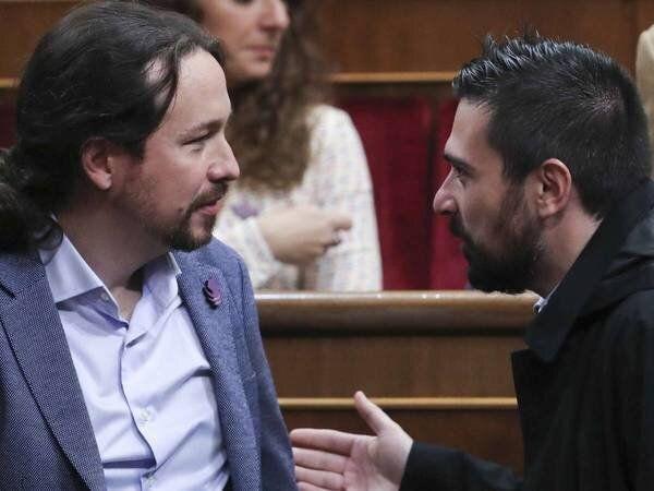 Iglesias y Espinar, juntos en el Congreso... otros