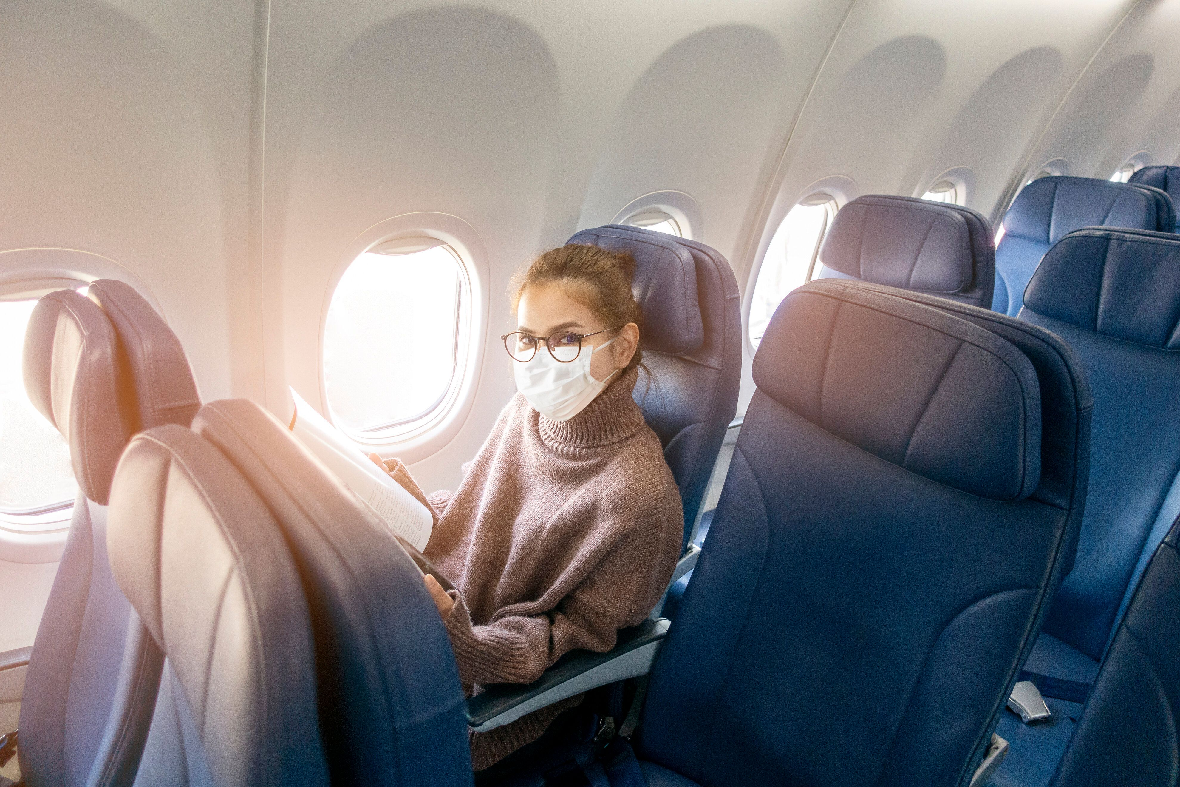 Which Airlines Are Blocking Middle Seats During Holiday Travel
