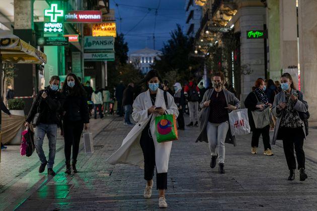 Ανισότητες, φτώχεια και κοινωνικός αποκλεισμός στην Ελλάδα. Βελτίωση, αλλά πριν την