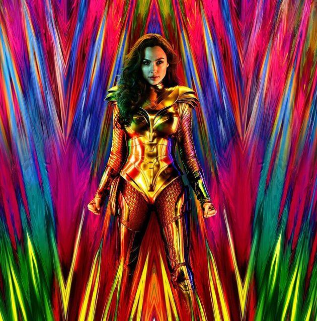 Χριστούγεννα με την Γκαλ Γκαντότ «Wonder Woman