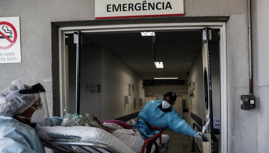 'A rede pública está estourando': SP enfrenta aumento acelerado de internações por