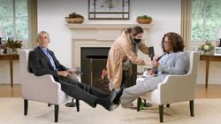 Barack Obama Plays Footsie With Oprah Winfrey Even Though They're Thousands Of Miles