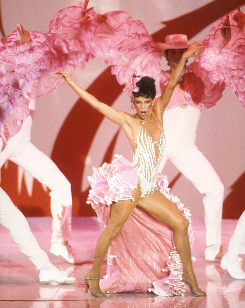 Allen performing at the Academy Awards on March 29, 1982.