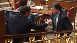 El PNV pacta con el Gobierno la eliminación del impuesto al diésel y su apoyo al