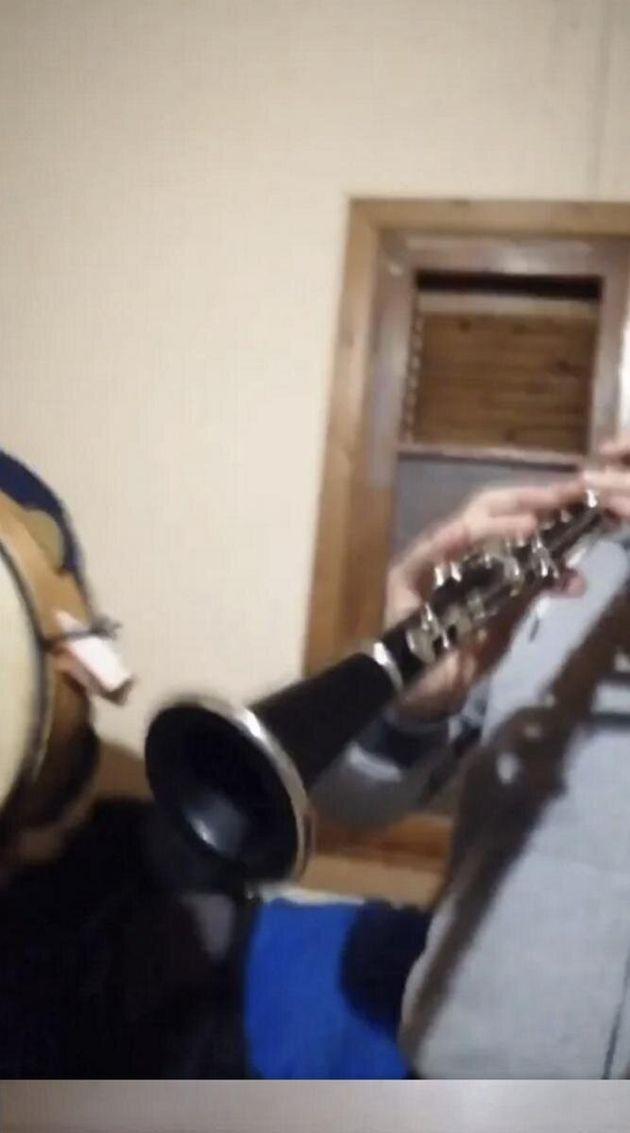 Βελεστίνο: Έστησαν «πανηγύρι» με κλαρίνα εν μέσω lockdown - Το μετέδωσαν live στο
