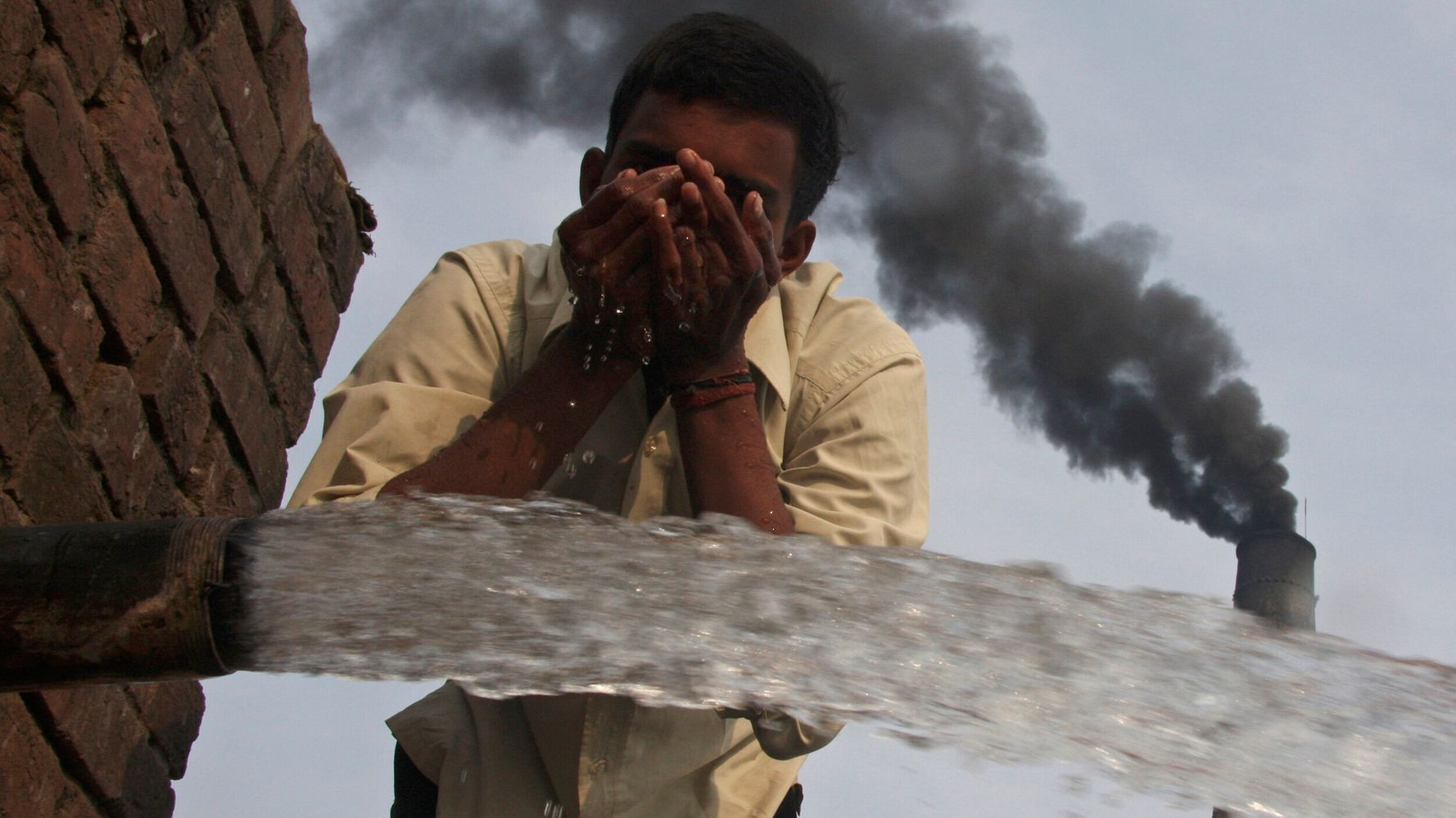 The Pandemic's Effect On Climate-Changing Pollution Was 'Just A Tiny Blip'